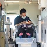 移動診療車を活用し被災地で歯の無料検診