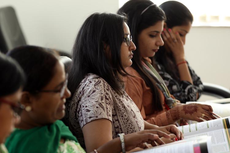 インドでジェンダー問題に取り組む