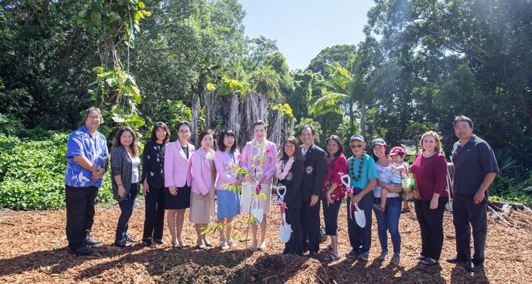 ハワイのライオンズクラブとの友好提携と植樹