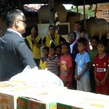カンボジアの孤児院へ食料支援