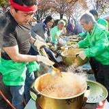 ライオンズ特製鴨鍋で 本物の味わいを