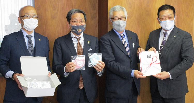 市内16小学校の全児童へ 布マスクを寄贈
