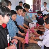 ラオスの子どもに学舎を 地域の青少年に広い視野を